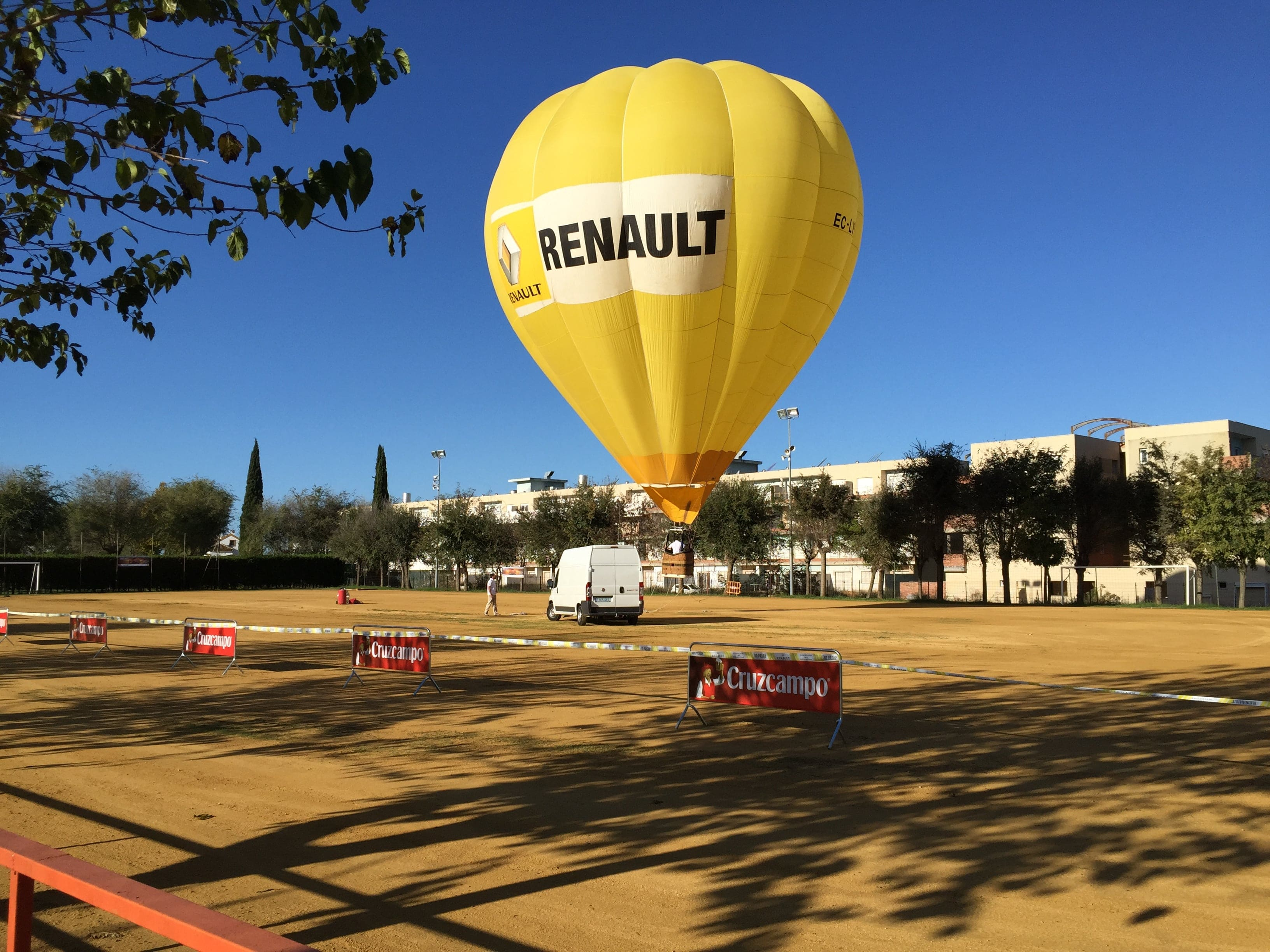 Renault práctica el Balloon Marketing con Globotur